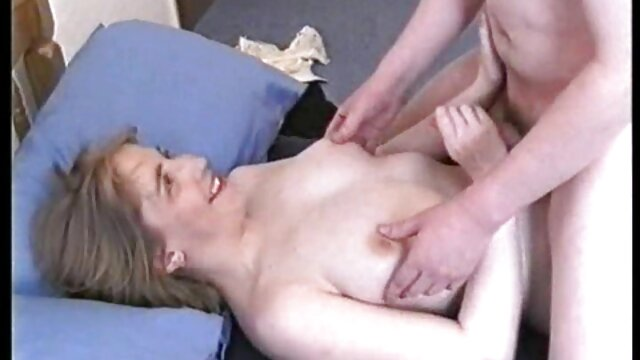 Hot porno ingen registrering  I det øjeblik, hvor søsteren blæste sin bror, kom min mor danske porn film pludselig ind i stuen